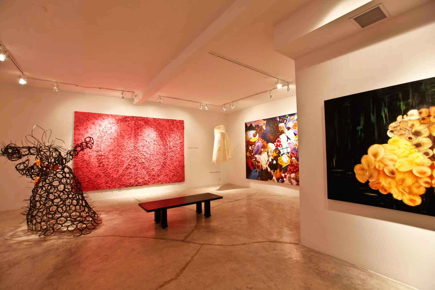N'Namdi Contemporary in Miami, gallery view.