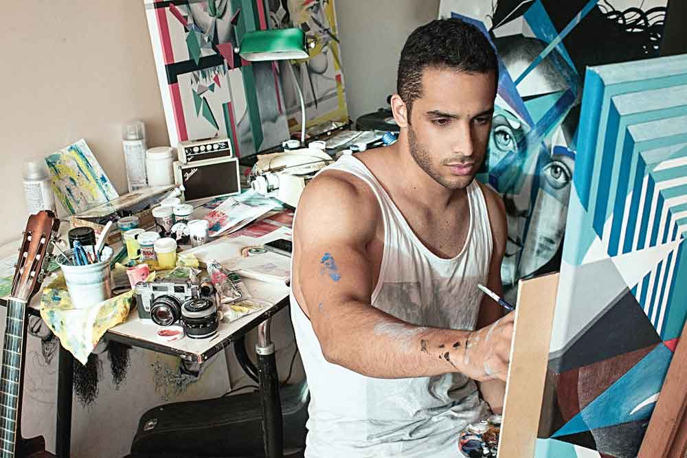 Alejandro Plaza at his studio. All images are courtesy of the artist and Canale Díaz Art Center, Coral Gables.