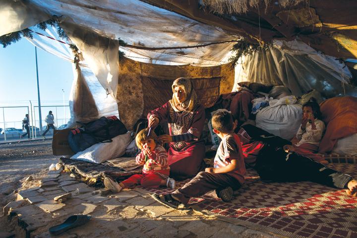 Lynsey Addario, Killis Camp, Turkish/Syrian Border in Turkey, October 22, 2013