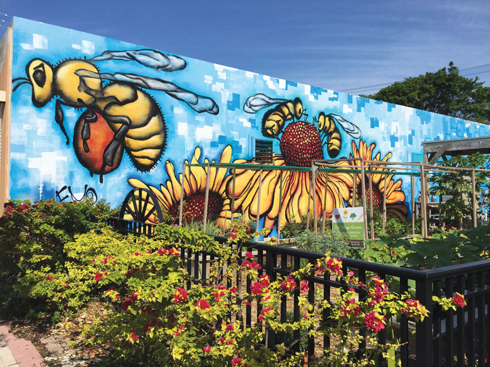 Eduardo Mendieta, Bumble Bees, mural, 441 25th St., east side of building, Northwood Village, West Palm Beach, FL. Photo:  WPB Community Redevelopment Agency.