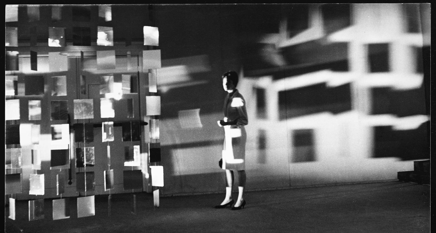 Julio Le Parc, Instabilité, GRAV exhibition at Casino de Knokke-Le-Zute, Brussels, Belgium, 1963. Photo: © Julio Le Parc / Atelier Le Parc.